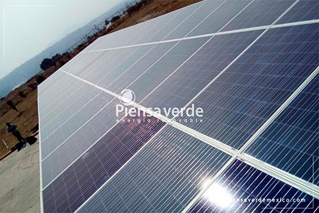 Paneles solares escuela colegio