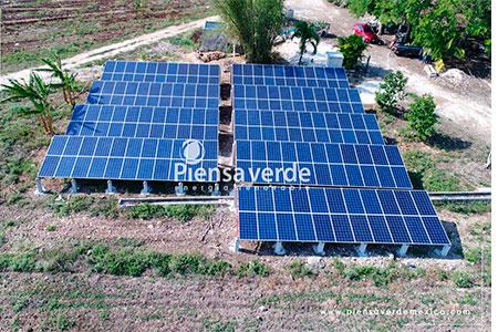 Paneles solares sistema de riego